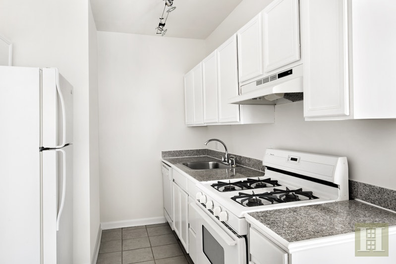 91 Charles Street 2W, West Village, NYC, $3,975, Web #: 16450114