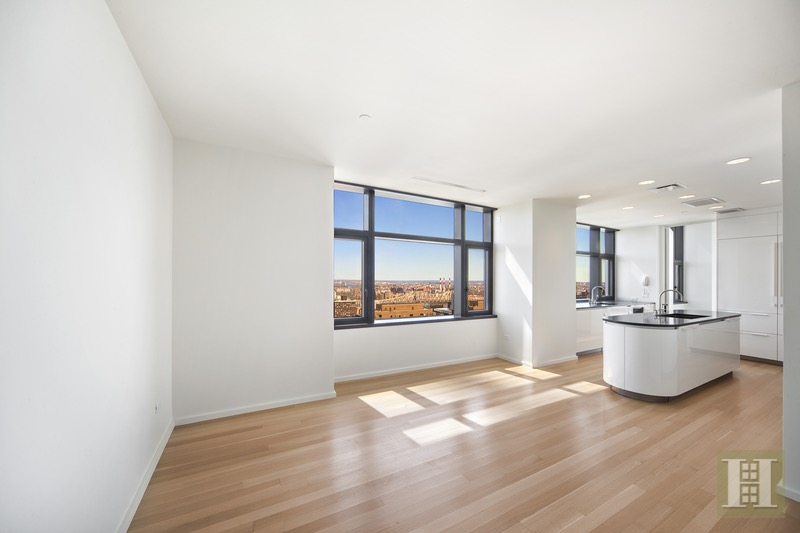 50 United Nations Plaza Ph40h, Midtown East, NYC, $58,000, Web #: 16450221