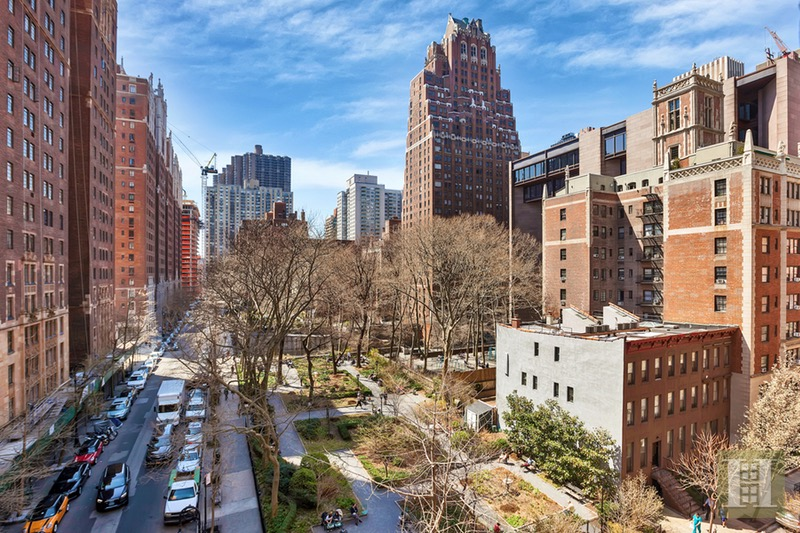 333 East 43rd Street, Midtown East, NYC, 10017, $495,000, Sold Property, Halstead Real Estate, Photo 7