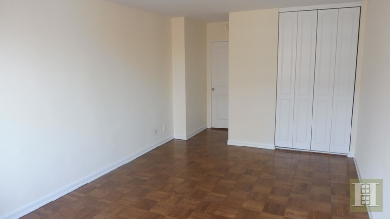 East 82nd Street, Upper East Side, NYC, $3,525, Web #: 16513056