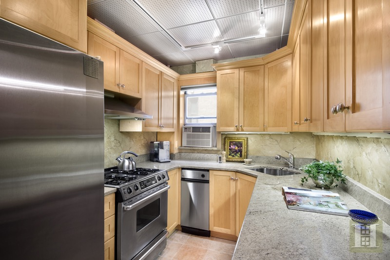 51 East 90th Street 6c, Upper East Side, NYC, 10128, $1,375,000, Sold Property, Halstead Real Estate, Photo 2