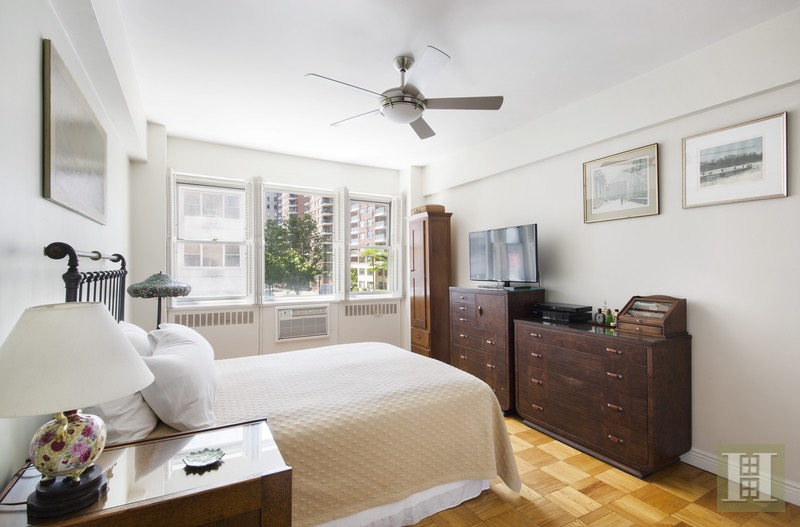 25 Sutton Place South Maisonette, Midtown East, NYC, 10022, $1,450,000, Sold Property, Halstead Real Estate, Photo 4