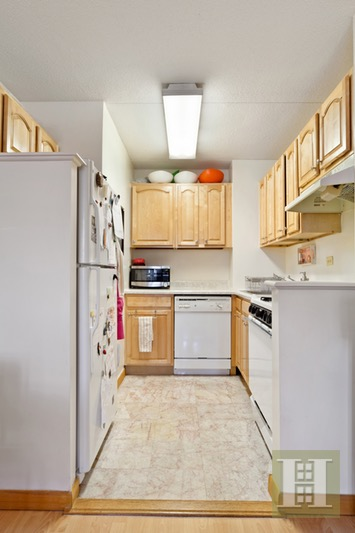 301 West 110th Street 3a, Upper West Side, NYC, 10026, $619,000, Sold Property, Halstead Real Estate, Photo 1