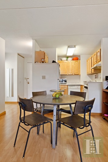 301 West 110th Street 3a, Upper West Side, NYC, 10026, $619,000, Sold Property, Halstead Real Estate, Photo 2
