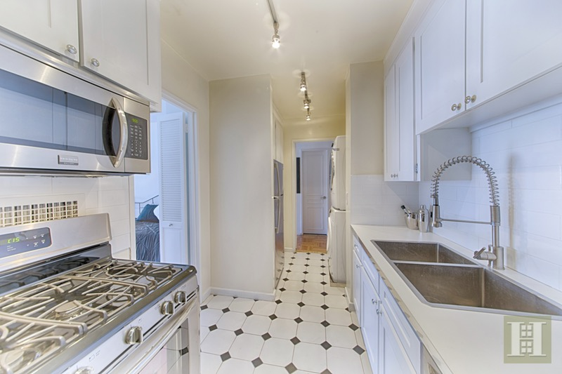 303 East 57th Street 24e, Midtown East, NYC, 10022, $565,000, Sold Property, Halstead Real Estate, Photo 2