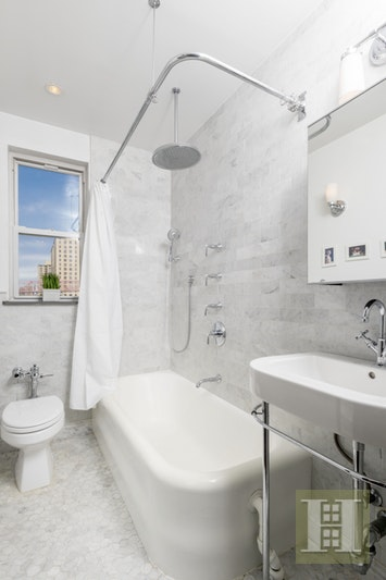 504 Grand Street H55, Lower East Side, NYC, 10002, $895,000, Sold Property, Halstead Real Estate, Photo 4