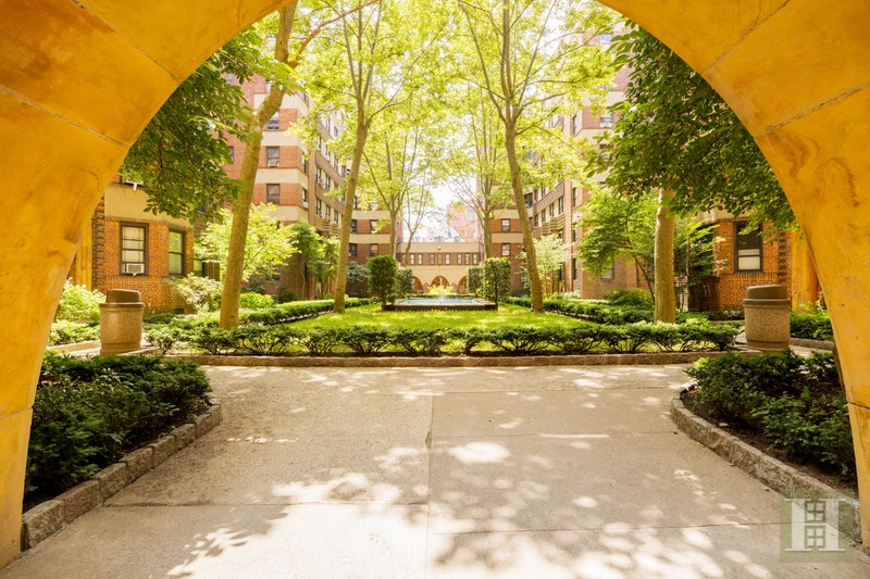504 Grand Street H55, Lower East Side, NYC, 10002, $895,000, Sold Property, Halstead Real Estate, Photo 8
