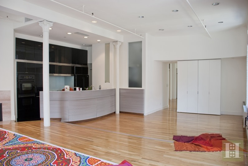 Dramatic Corner Mercer Street Loft, Soho, NYC, 10013, Price Not Disclosed, Rented Property, Halstead Real Estate, Photo 2