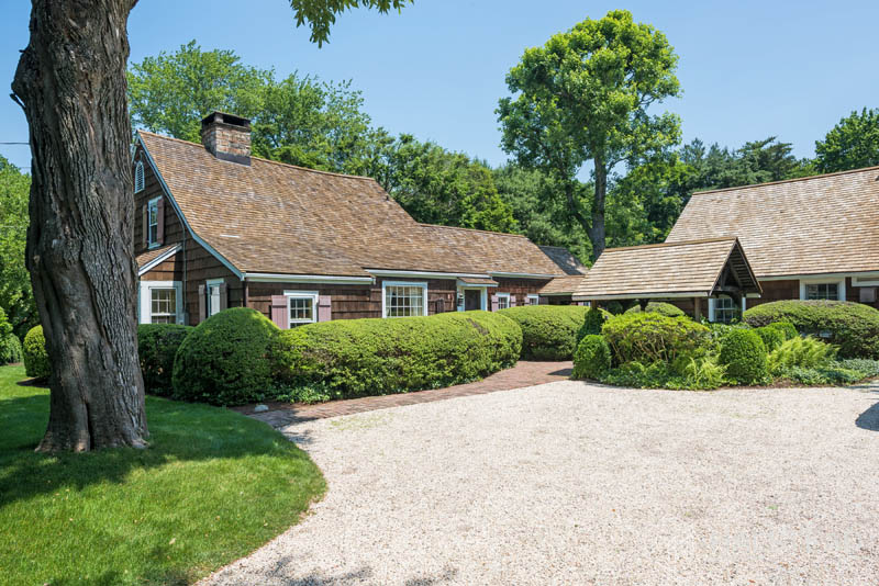 258 Hollow Tree Ridge Road, Darien, Connecticut, 06820, $1,695,000, Property For Sale, Halstead Real Estate, Photo 2
