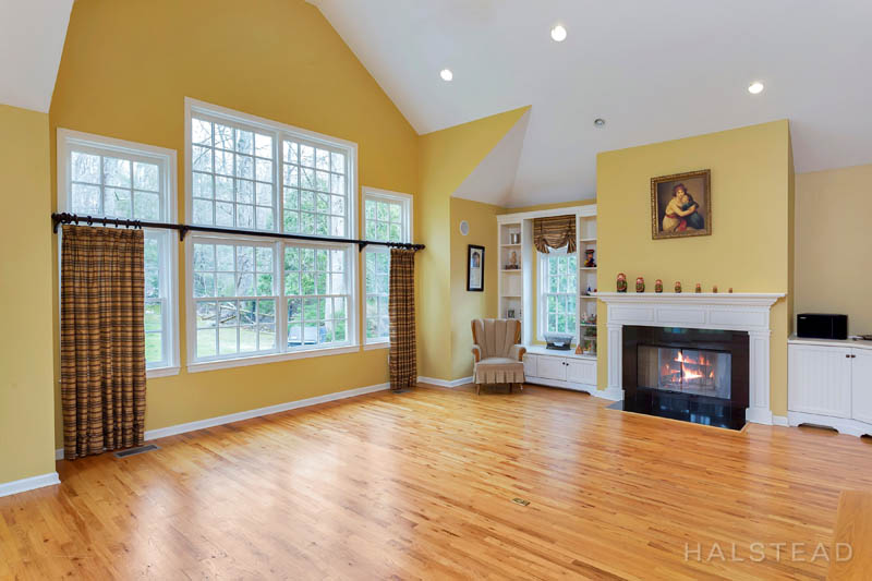 53 Country Club Road, Darien, Connecticut, 06820, $1,195,000, Property For Sale, Halstead Real Estate, Photo 12