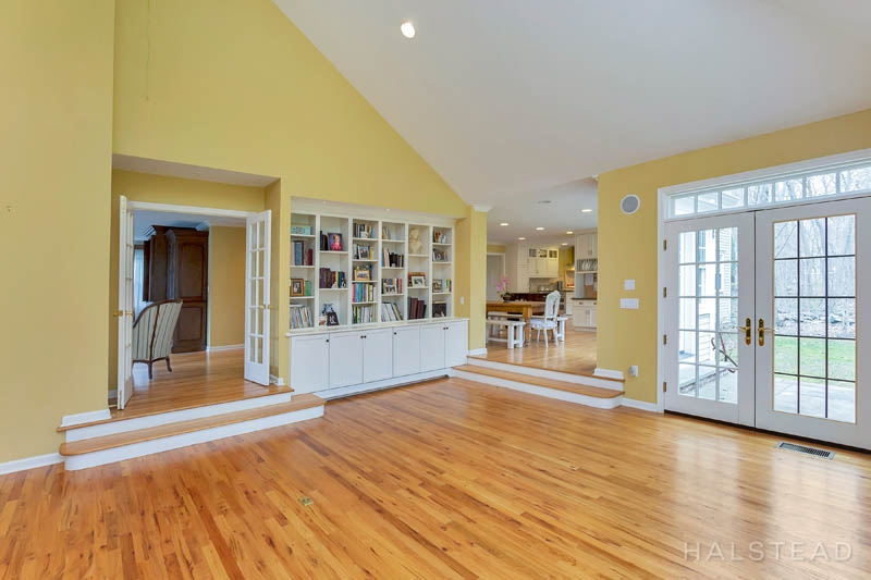 53 Country Club Road, Darien, Connecticut, 06820, $1,195,000, Property For Sale, Halstead Real Estate, Photo 13