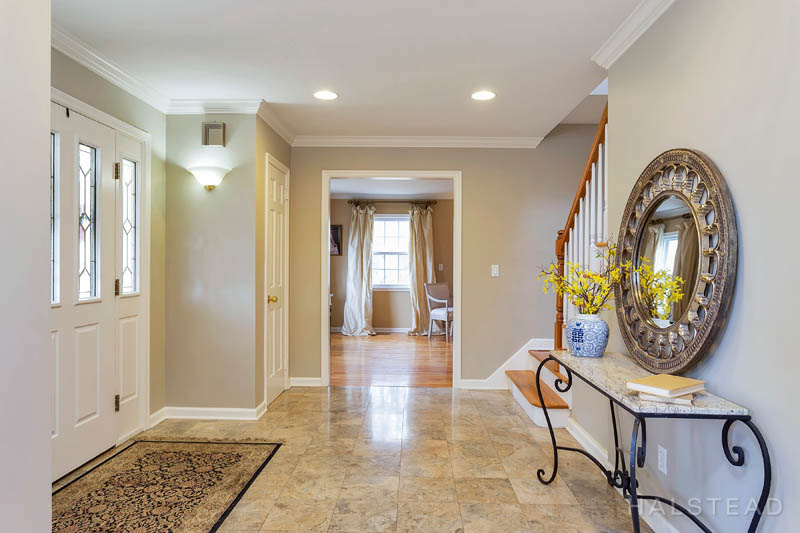 53 Country Club Road, Darien, Connecticut, 06820, $1,195,000, Property For Sale, Halstead Real Estate, Photo 3