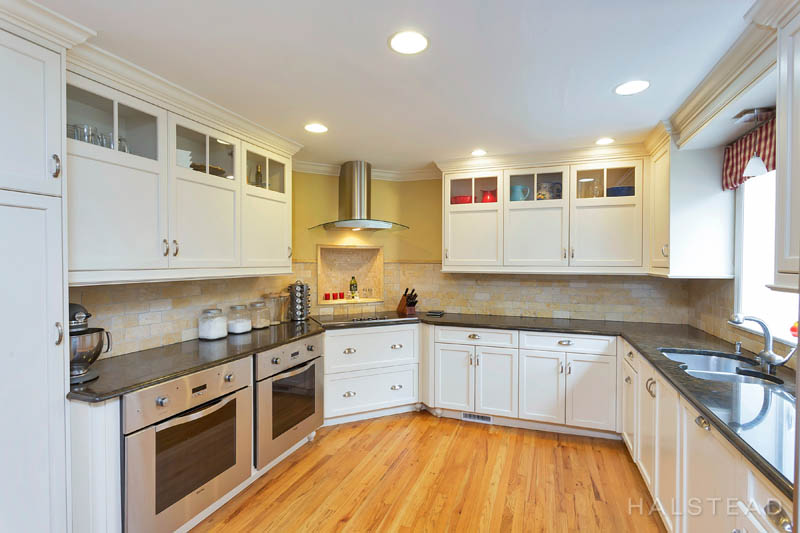 53 Country Club Road, Darien, Connecticut, 06820, $1,195,000, Property For Sale, Halstead Real Estate, Photo 8