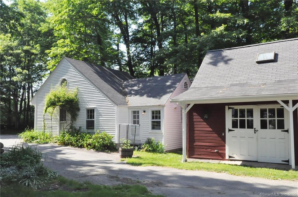 17 Lukes Wood Road, New Canaan, Connecticut, 06840, $3,500, Property For Rent, Halstead Real Estate, Photo 2