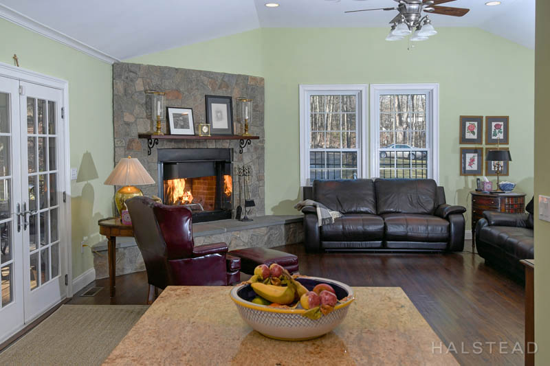 1279 Smith Ridge Road, New Canaan, Connecticut, 06840, $1,155,000, Property For Sale, Halstead Real Estate, Photo 7
