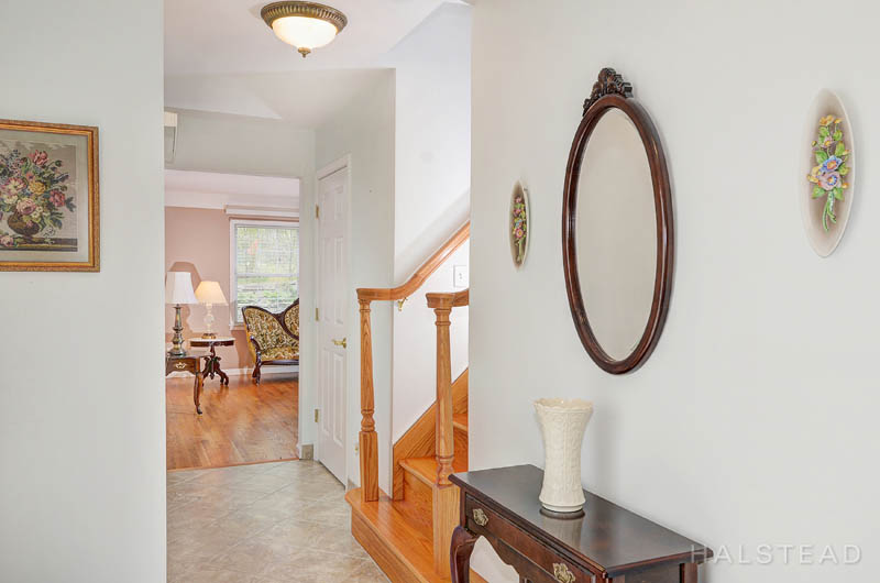 131 River Street, New Canaan, Connecticut, 06840, $750,000, Property For Sale, Halstead Real Estate, Photo 4