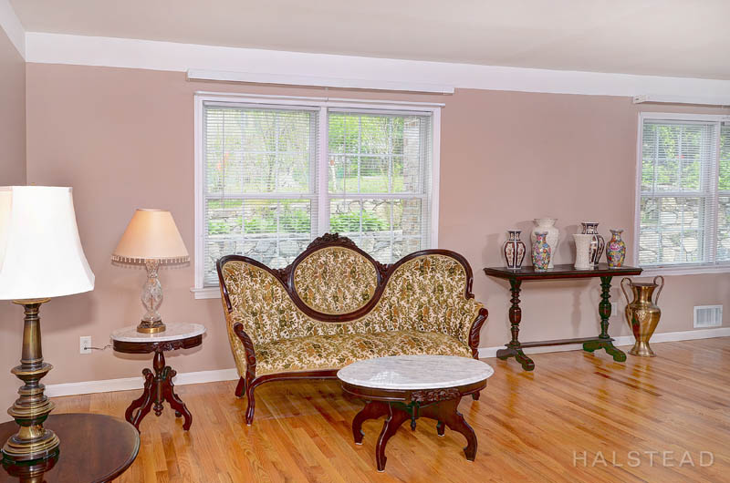 131 River Street, New Canaan, Connecticut, 06840, $750,000, Property For Sale, Halstead Real Estate, Photo 6