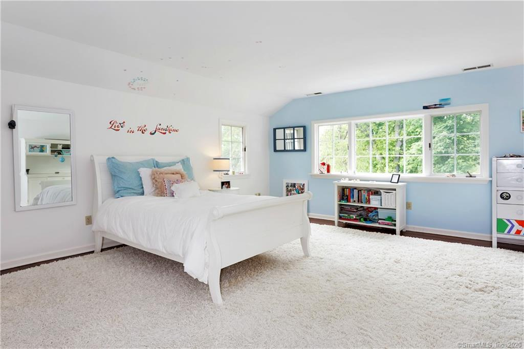 70 Cedar Cliff Road, Riverside, Connecticut, 06878, $2,995,000, Property For Sale, Halstead Real Estate, Photo 15