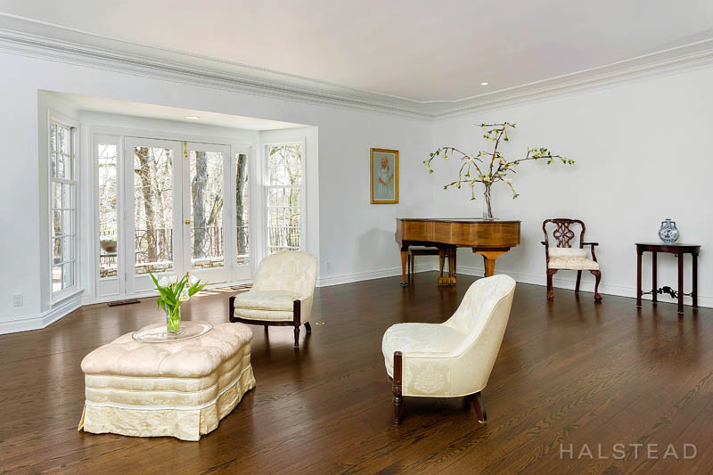 31 Khakum Wood Road, Greenwich, Connecticut, 06831, $4,495,000, Property For Sale, Halstead Real Estate, Photo 7