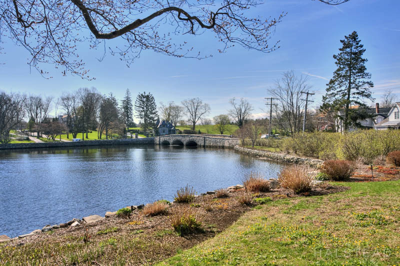 85 Rings End Road, Darien, Connecticut, 06820, $2,600,000, Property For Sale, Halstead Real Estate, Photo 3