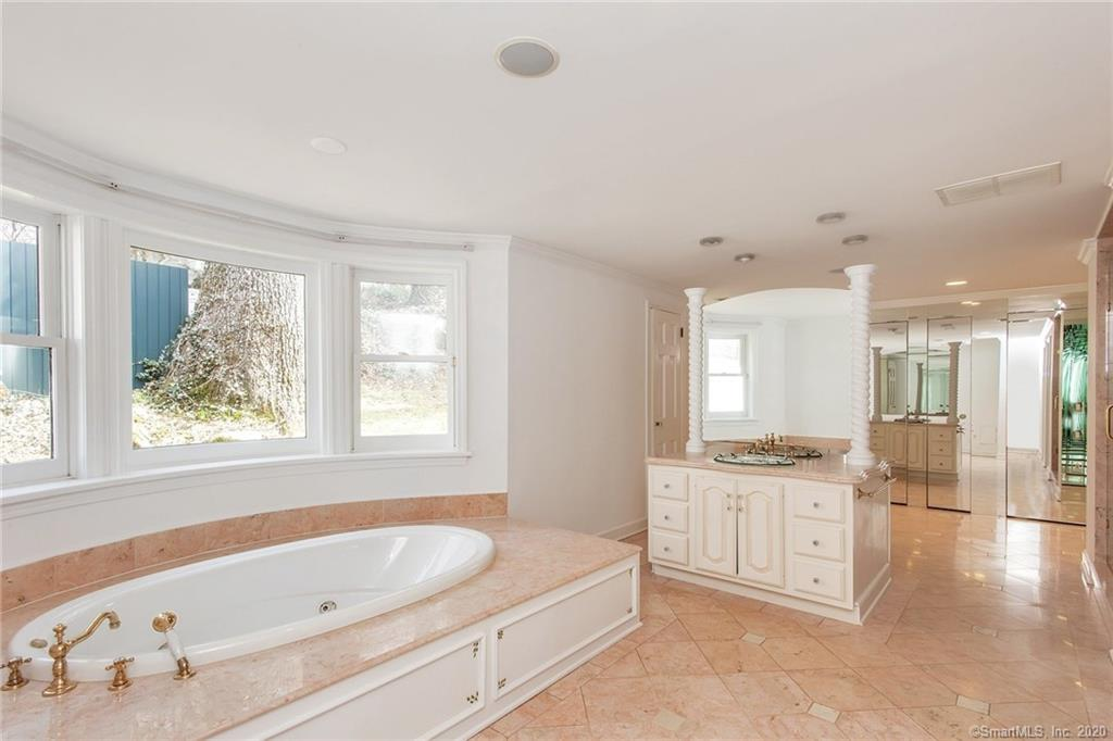 54 Round Hill Road, Greenwich, Connecticut, 06831, $1,999,000, Property For Sale, Halstead Real Estate, Photo 16