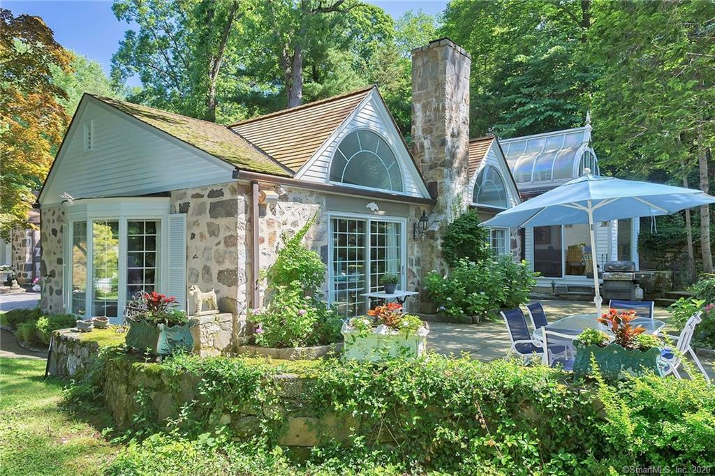 54 Round Hill Road, Greenwich, Connecticut, 06831, $1,999,000, Property For Sale, Halstead Real Estate, Photo 4