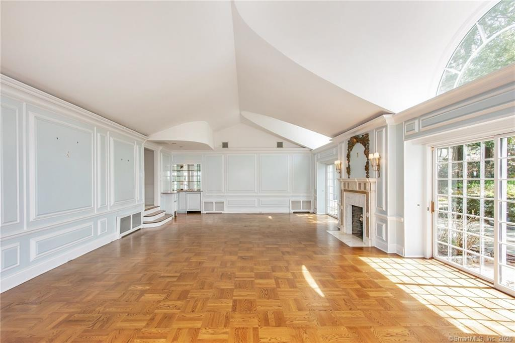 54 Round Hill Road, Greenwich, Connecticut, 06831, $1,999,000, Property For Sale, Halstead Real Estate, Photo 7