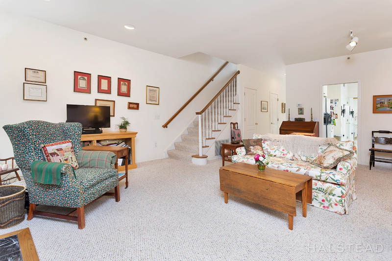 14 Sedgwick Village Lane, Darien, Connecticut, 06820, $495,000, Property For Sale, Halstead Real Estate, Photo 11
