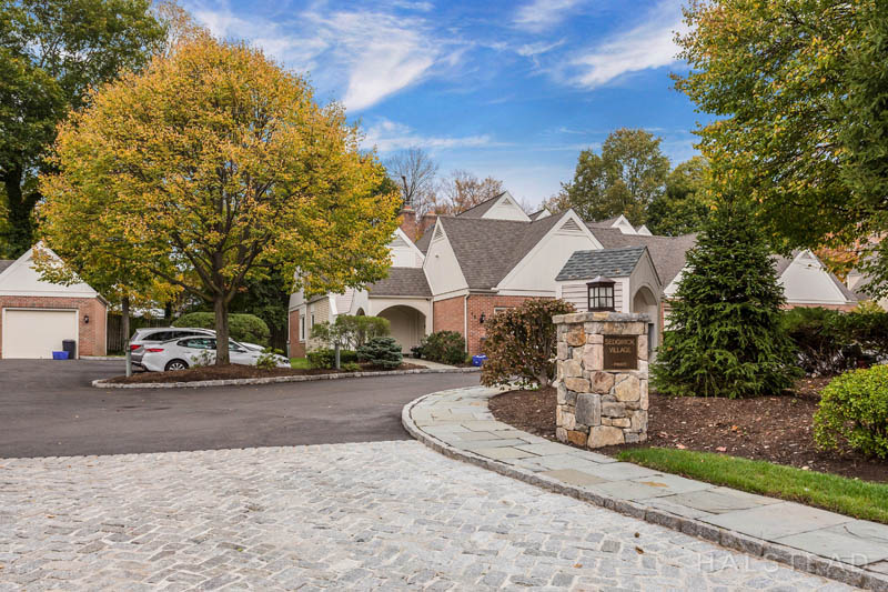 14 Sedgwick Village Lane, Darien, Connecticut, 06820, $495,000, Property For Sale, Halstead Real Estate, Photo 1