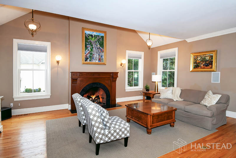 83 Oak Street, New Canaan, Connecticut, 06840, $1,995,000, Property For Sale, Halstead Real Estate, Photo 10