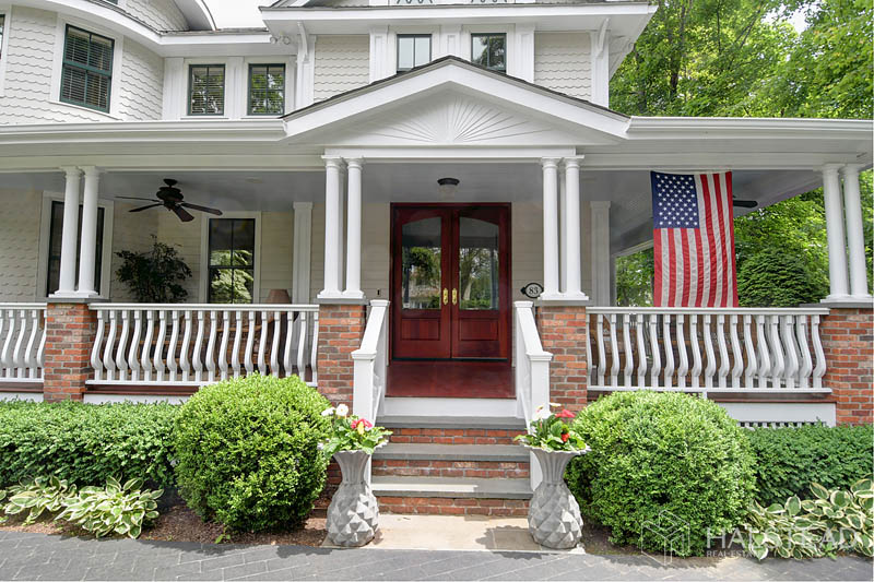 83 Oak Street, New Canaan, Connecticut, 06840, $1,995,000, Property For Sale, Halstead Real Estate, Photo 2