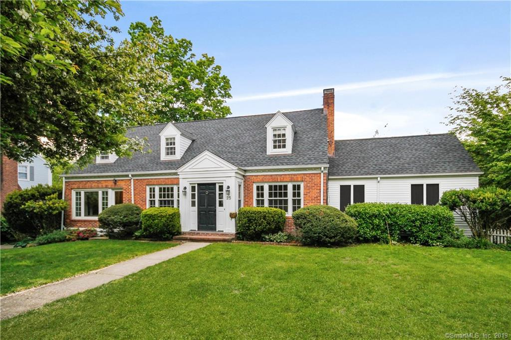 25 Linwood Avenue, Riverside, Connecticut, 06878, $1,575,000, Property For Sale, Halstead Real Estate, Photo 2