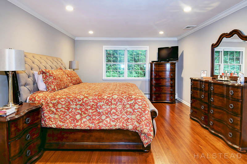 20 Mountain Trail, Stamford, Connecticut, 06903, $699,000, Property For Sale, Halstead Real Estate, Photo 15