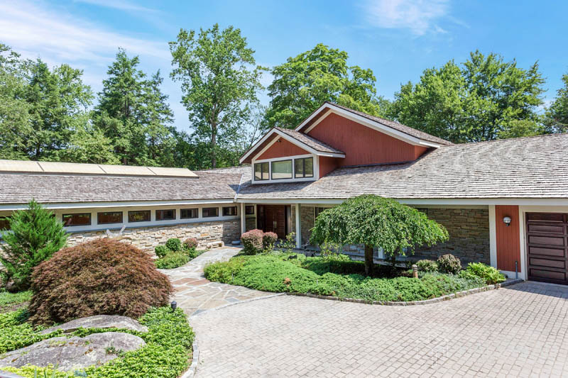 161 South Lake Drive, Stamford, Connecticut, 06903, $1,449,000, Property For Sale, Halstead Real Estate, Photo 1