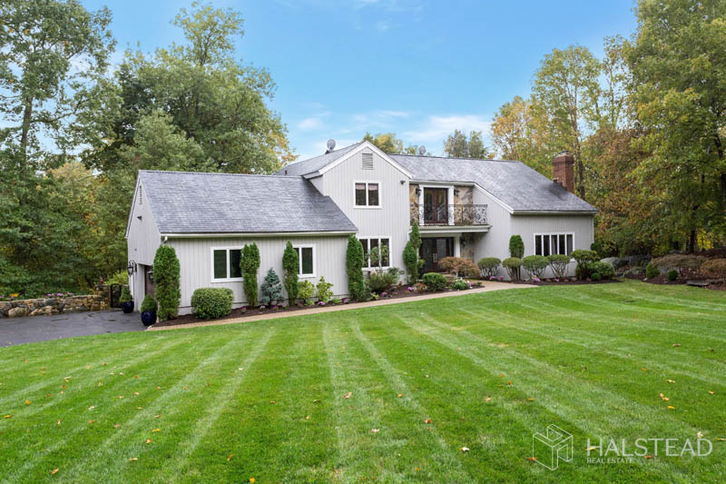 857 Westover Road, Stamford, Connecticut, 06902, $995,000, Property For Sale, Halstead Real Estate, Photo 2