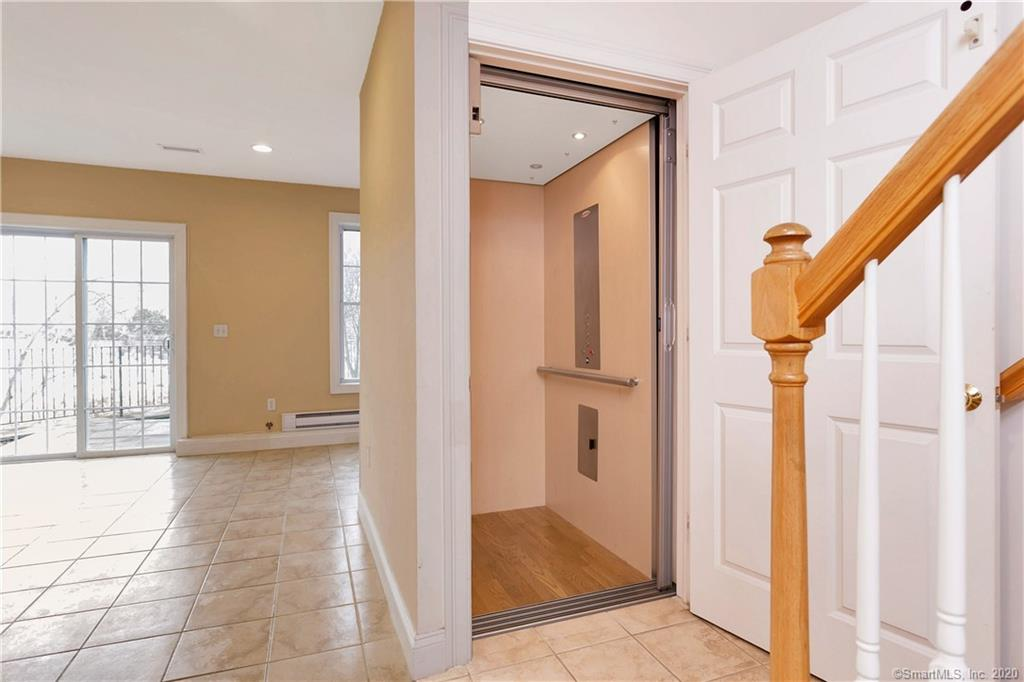 85 Camp Avenue, Stamford, Connecticut, 06907, $479,900, Property For Sale, Halstead Real Estate, Photo 15