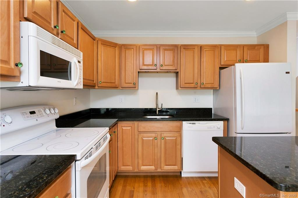 85 Camp Avenue, Stamford, Connecticut, 06907, $479,900, Property For Sale, Halstead Real Estate, Photo 5