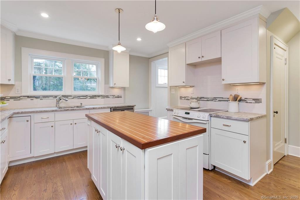 3 Abbey Road, Darien, Connecticut, 06820, $5,200, Property For Rent, Halstead Real Estate, Photo 16