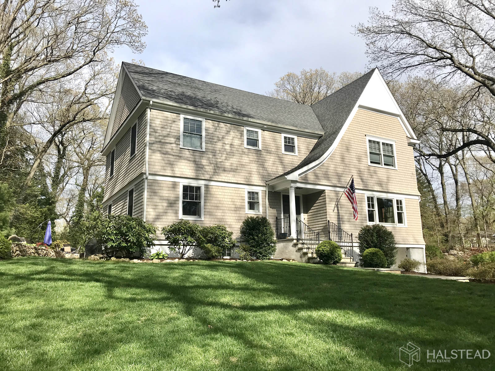 22 Ledge Road, Rowayton, Connecticut, 06853, $1,399,000, Property For Sale, Halstead Real Estate, Photo 1