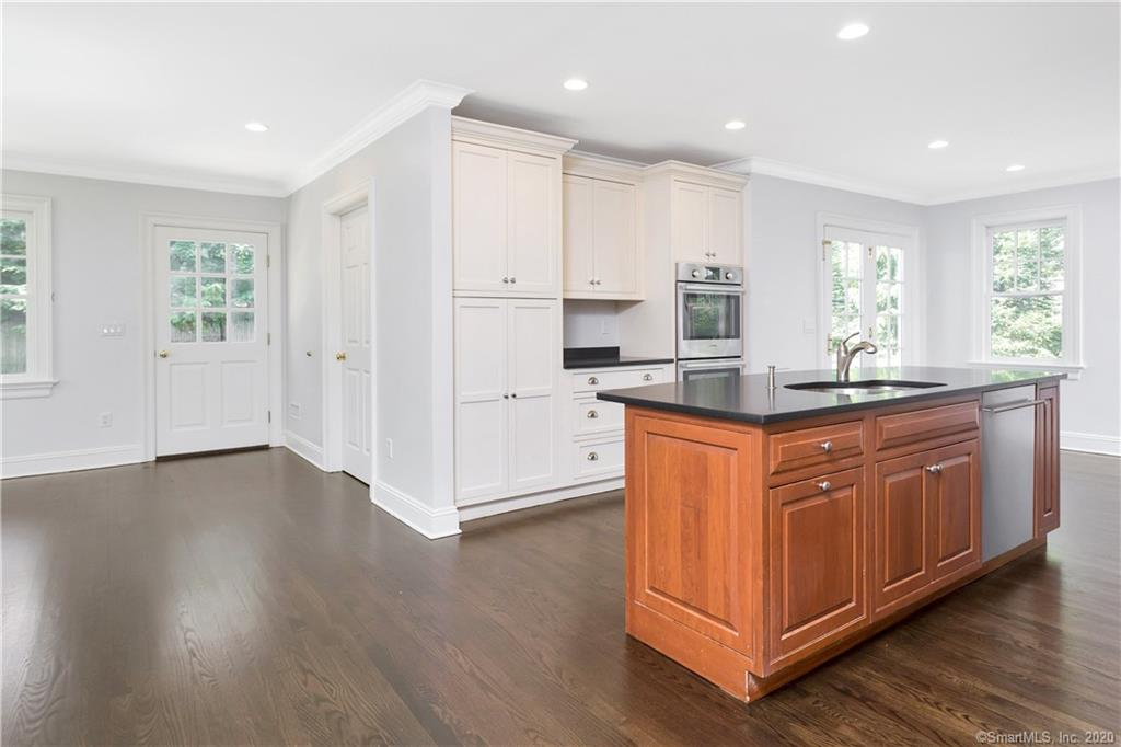 76 Summit Road, Riverside, Connecticut, 06878, $1,950,000, Property For Sale, Halstead Real Estate, Photo 14