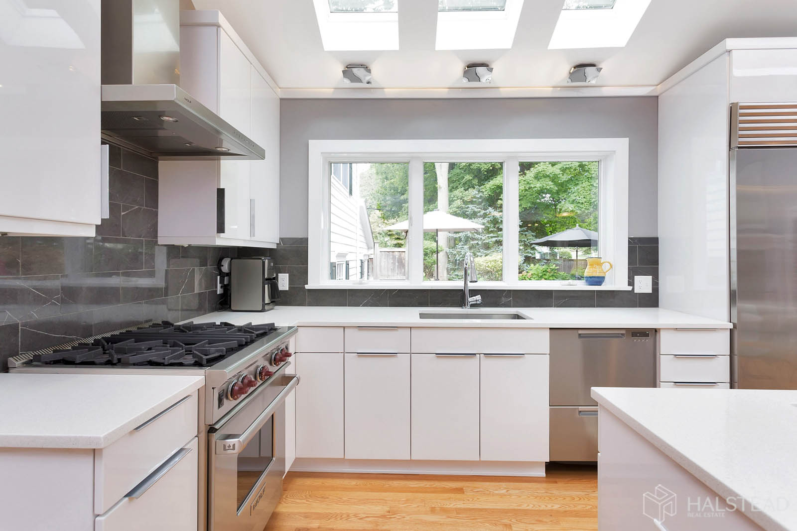 15 Holmes Court, Darien, Connecticut, 06820, $1,995,000, Property For Sale, Halstead Real Estate, Photo 8