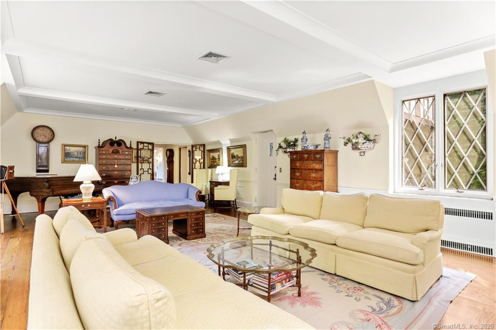 11 Alden Road, Greenwich, Connecticut, 06831, $3,375,000, Property For Sale, Halstead Real Estate, Photo 7