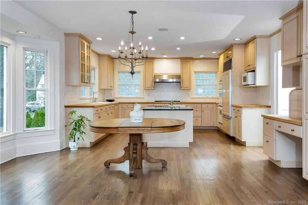 6 Wildcat Road, Darien, Connecticut, 06820, $2,195,000, Property For Sale, Halstead Real Estate, Photo 8