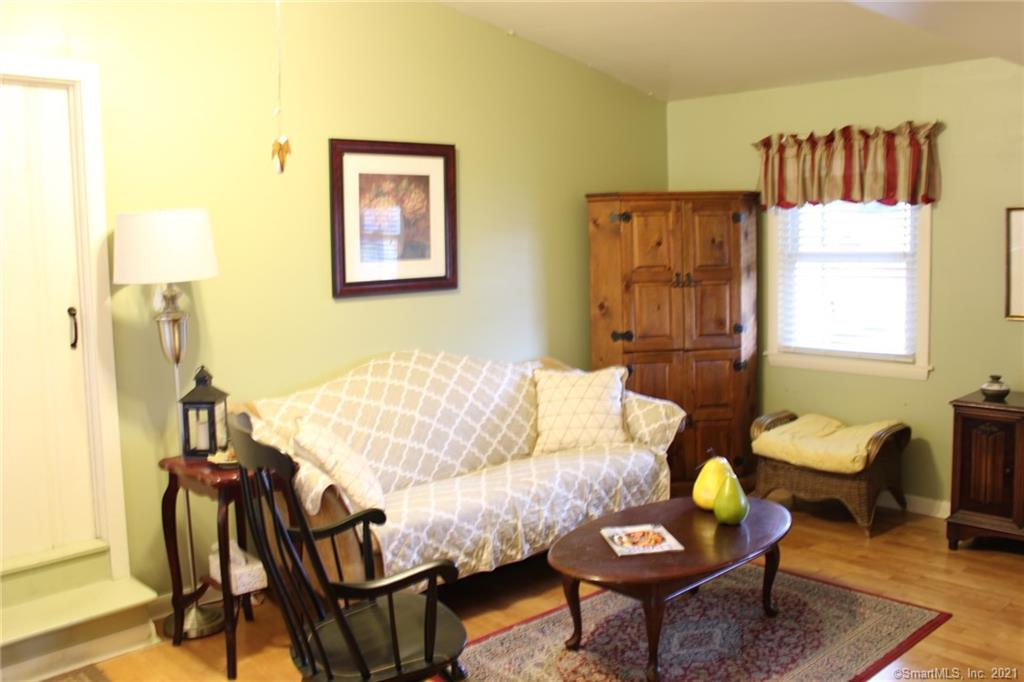 36 Midwood Road, Milford, Connecticut, $289,000, Web #: 170391823
