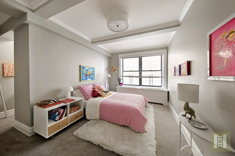 545 West End Avenue 8B, Upper West Side, NYC, $2,395,000, Web #: 17080266