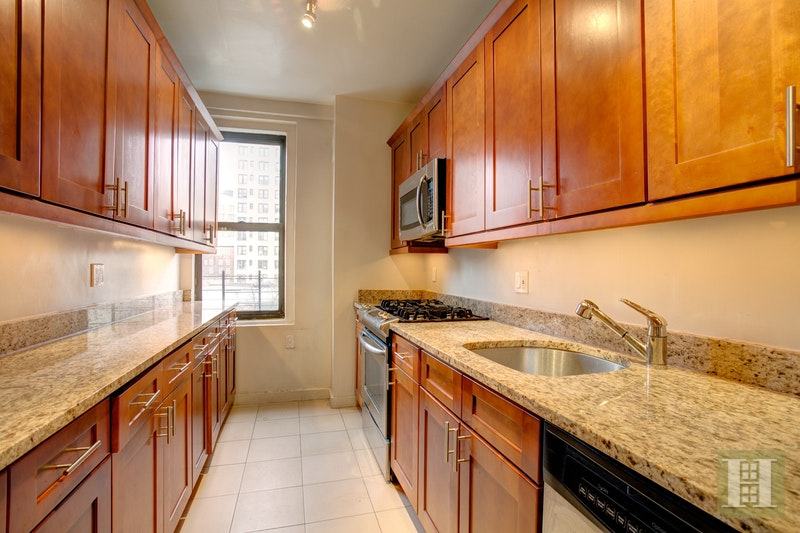 222 West 83rd Street 14F, Upper West Side, NYC, $7,895, Web #: 17103951