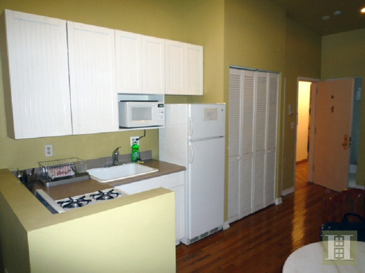 436 West 49th Street 2Fw, Midtown West, NYC, $2,000, Web #: 17152685