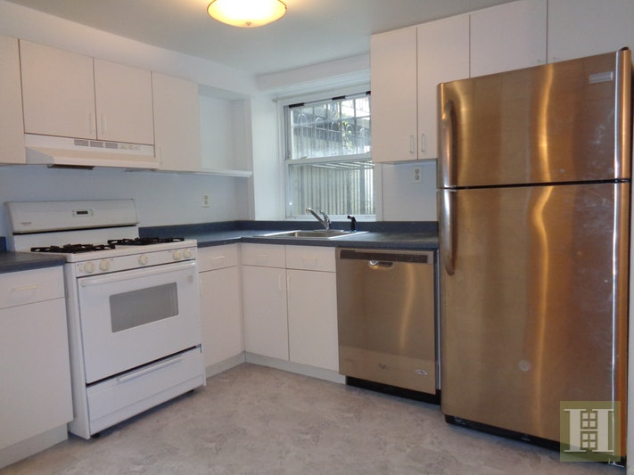 Two Bedroom Off Prospect Park, Park Slope, Brooklyn, NY, 11215, $2,900, Rented Property, Halstead Real Estate, Photo 3