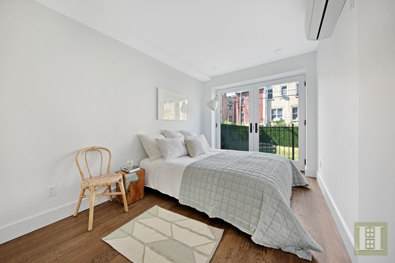 863 Saint Marks Avenue 1b, Crown Heights, Brooklyn, NY, 11213, $560,000, Sold Property, Halstead Real Estate, Photo 4