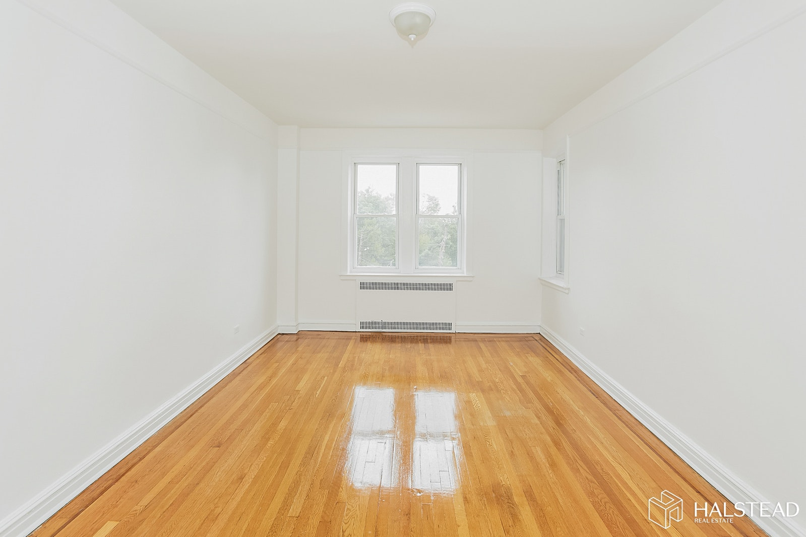 77 -34 Austin Street 5A, Forest Hills, Queens, NY, $2,100, Web #: 17243096